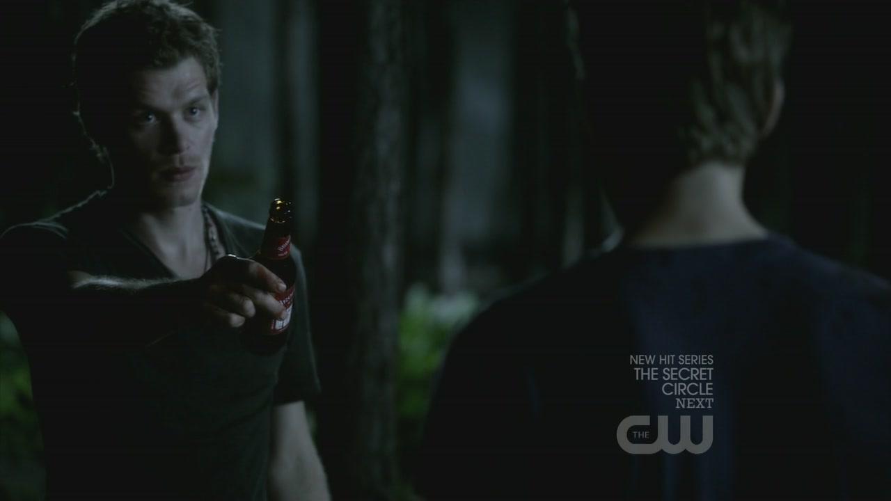 Vampire Diaries Werewolf Face with his werewolf bite
